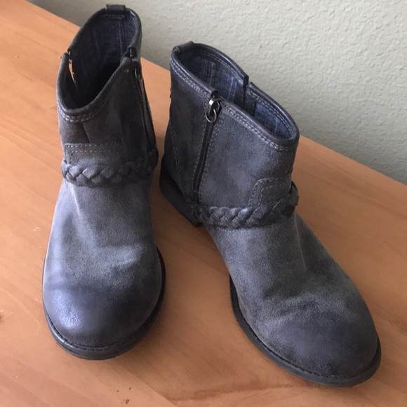 Roxy Shoes - Roxy Ankle Booties Gray